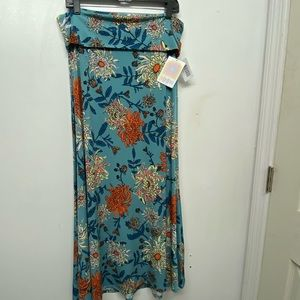 NWT LuLaRoe Maxi Skirt. Size L